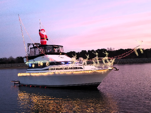Lighted Boat Parades on Lake Norman photo