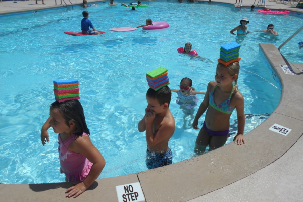 Children playing in the pool at Reserve Harbor Yacht Club
