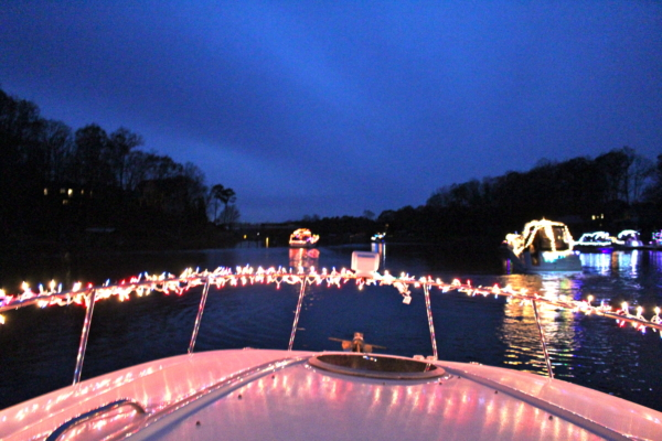 Lighted boat for Christmas in July at Morningstar Marinas Skippers Landing
