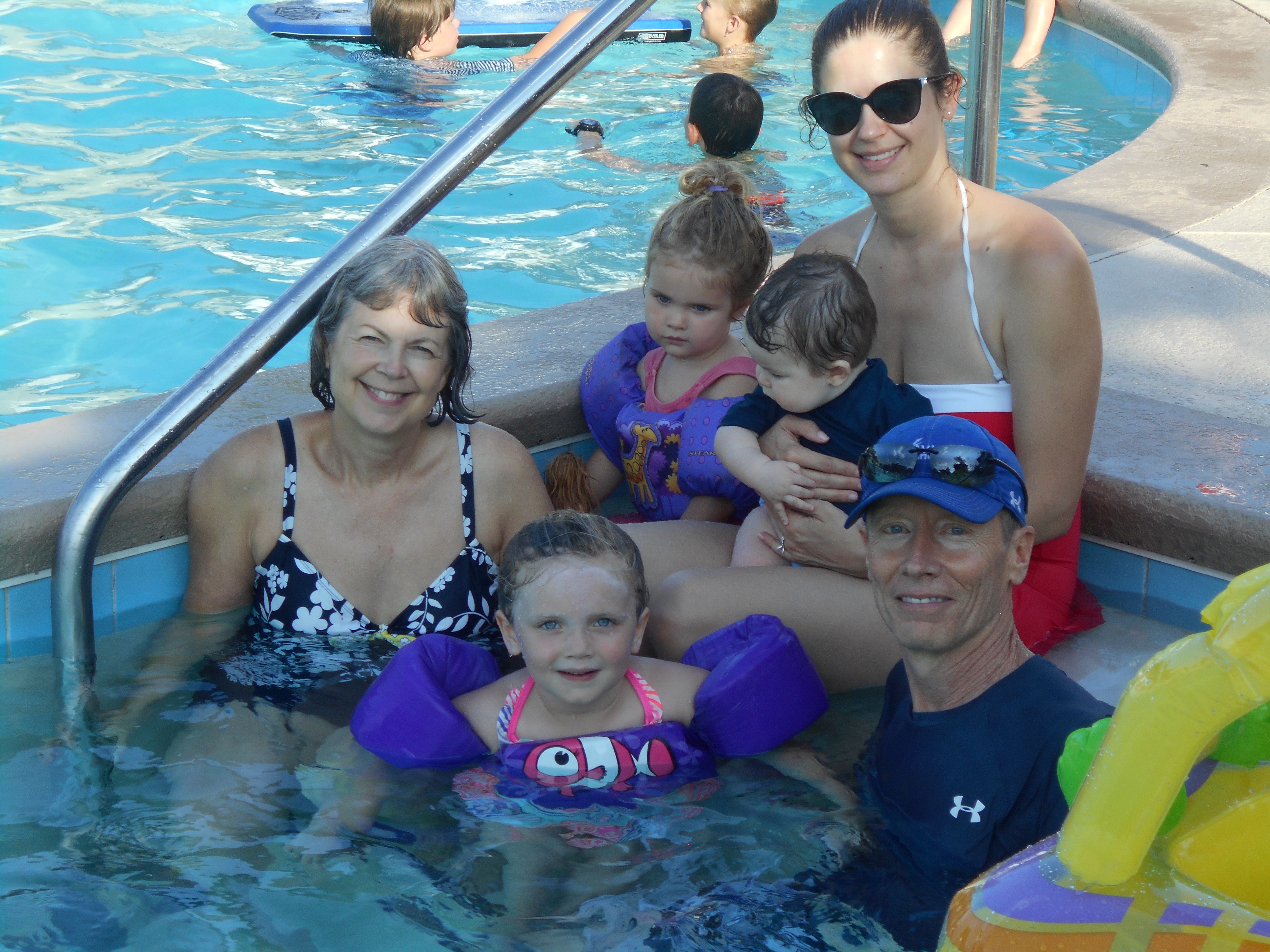 Family in the pool at Reserve Harbor Yacht Club