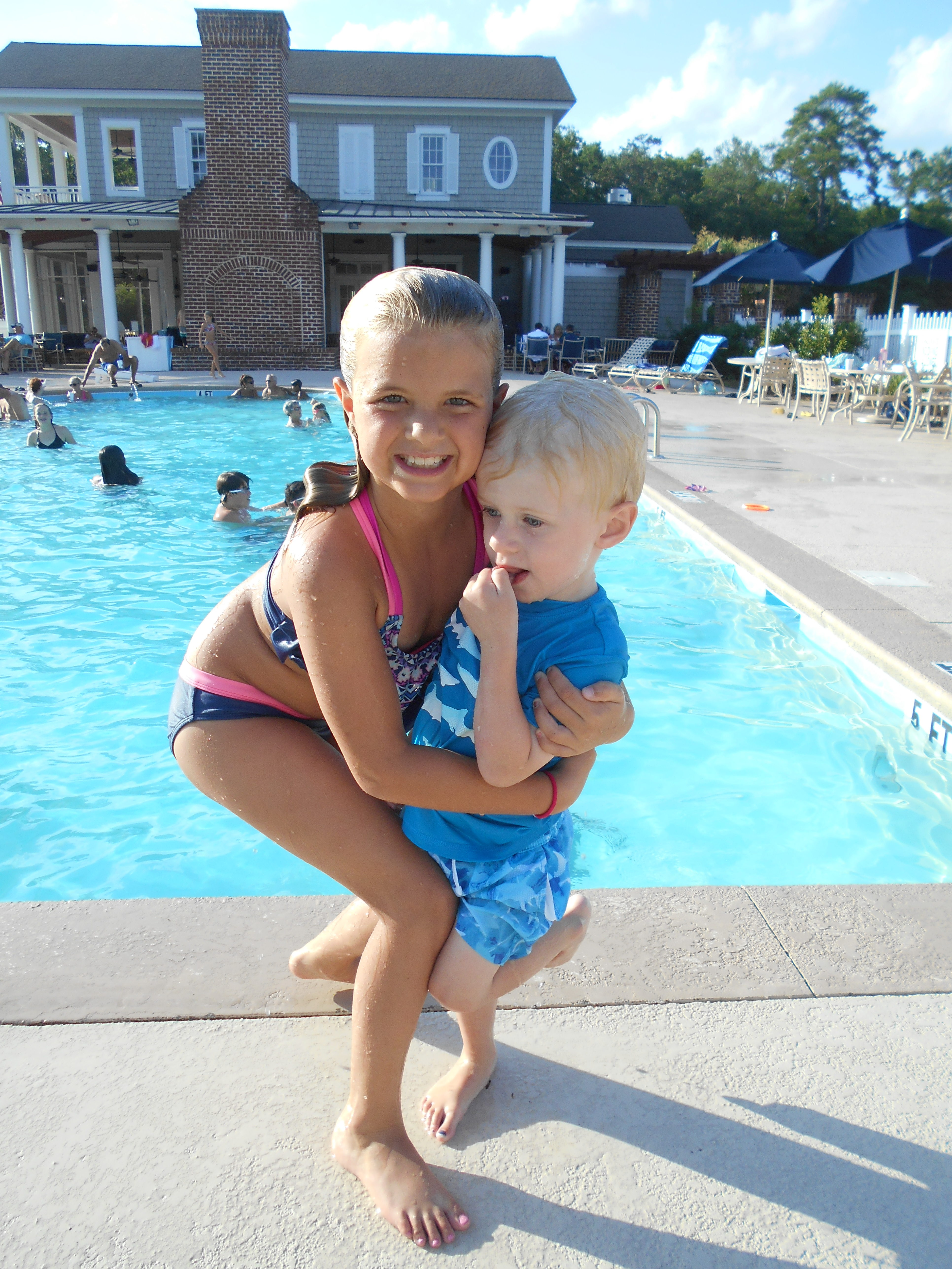 Kids by the pool at Reserve Harbor Yacht Club